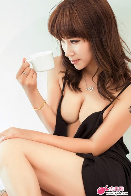[E020]尤果网田依依