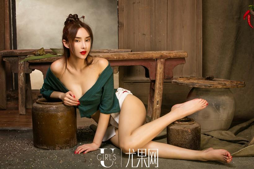 周妍希高清原创图片2